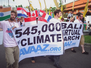 Avaaz march through UN Climate Change Conference Dec 8